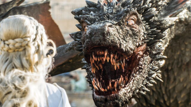 File:Drogon-almost-bites-off-the-head-of-Daenerys-Official-HBO.jpg
