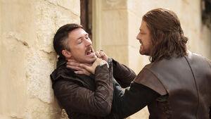 103 Eddard Stark würgt Kleinfinger
