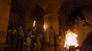 Game-of-thrones-season-5-episode-5-daenarys-masters-dragons-scene