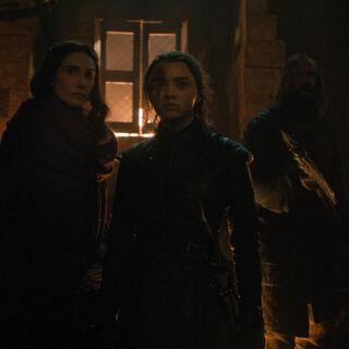 Melisandre ermutigt Arya