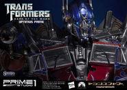 902183-optimus-prime-012