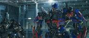 Transformers-Dark-Of-The-Moon-Movie-Screencaps-transformers-dark-of-the-moon-24194980-720-307