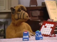 Alf playing Electric Jeopardy!