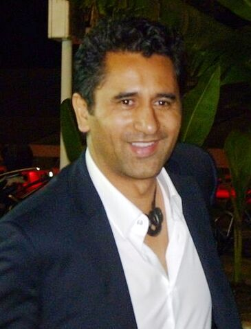 File:Cliff Curtis.jpg