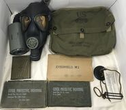Later M3-10A1-6 Army Lightweight Service Mask and kit