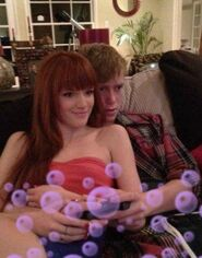 Bella-thorne-old-pic-with-boyfriend