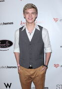 Kenton Duty-at-the-unlikely-heroes-annual-spring-benifit