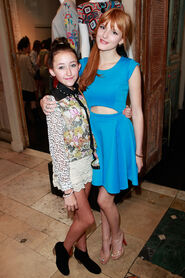 Bella-thorne-with-NoahCyrus
