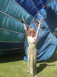 Bella-thorne-Hot-Air-Balloon