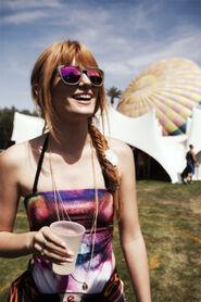 Bella-thorne-at-fairground