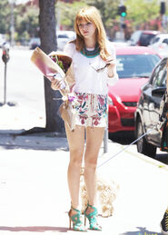 Bella-thorne-whitewith-flowers