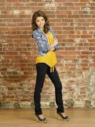 GEEK-CHARMING-Disney-Channel-14