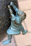 Yanari statue