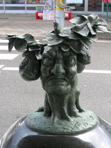 File:Tankororin statue.JPG