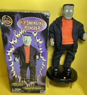 Gemmy Animated Hip Swinging Monster Mash Frankenstein Halloween Figure NIB
