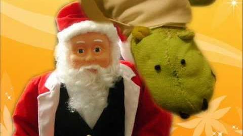 (Gemmy) Hip Swinging Microphone Santa - Here comes Santa Claus!