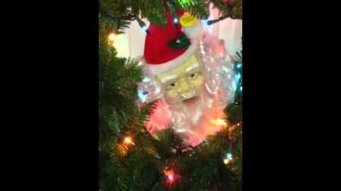 My singing Santa wreath