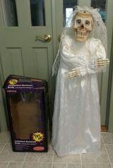 Talking Bride Skeleton
