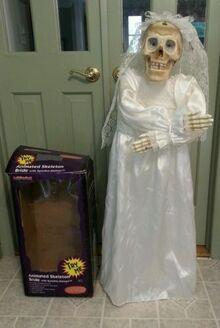 44-gemmy-animated-illuminated-skeleton-bride-halloween-prop-works-great-788df226e3cb742ab0b6e9350dd1b3f2