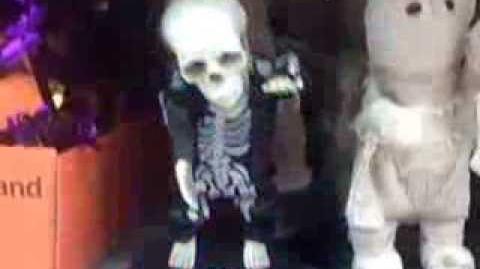 Groovin Ghoulie- Skeleton (Hey Baby)