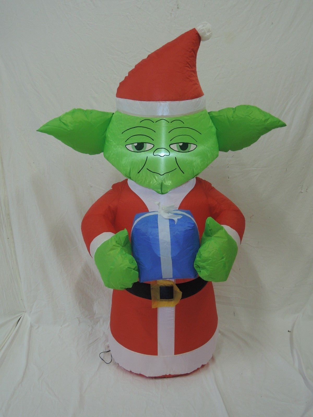 gemmy inflatable christmas yoda from star warsjpg - Star Wars Inflatable Christmas Decorations
