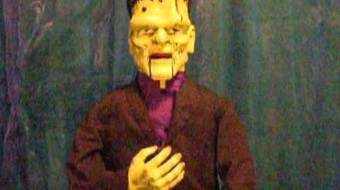 Halloween Singing Electronic Gemmy Frankenstein