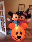 Gemmy inflatable Mickey Minnie Halloween