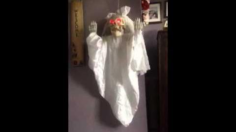 Hanging Skeleton Bride (Gemmy 1998)