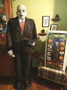 Life-size-FAT-BUTLER-animated-talking-lighted-Halloween