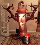 Gemmy Prototype Inflatable Shaking Witch Tree Inflatable Airblown