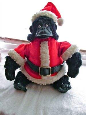 Gemmy Jungle Jim singing christmas gorilla 3