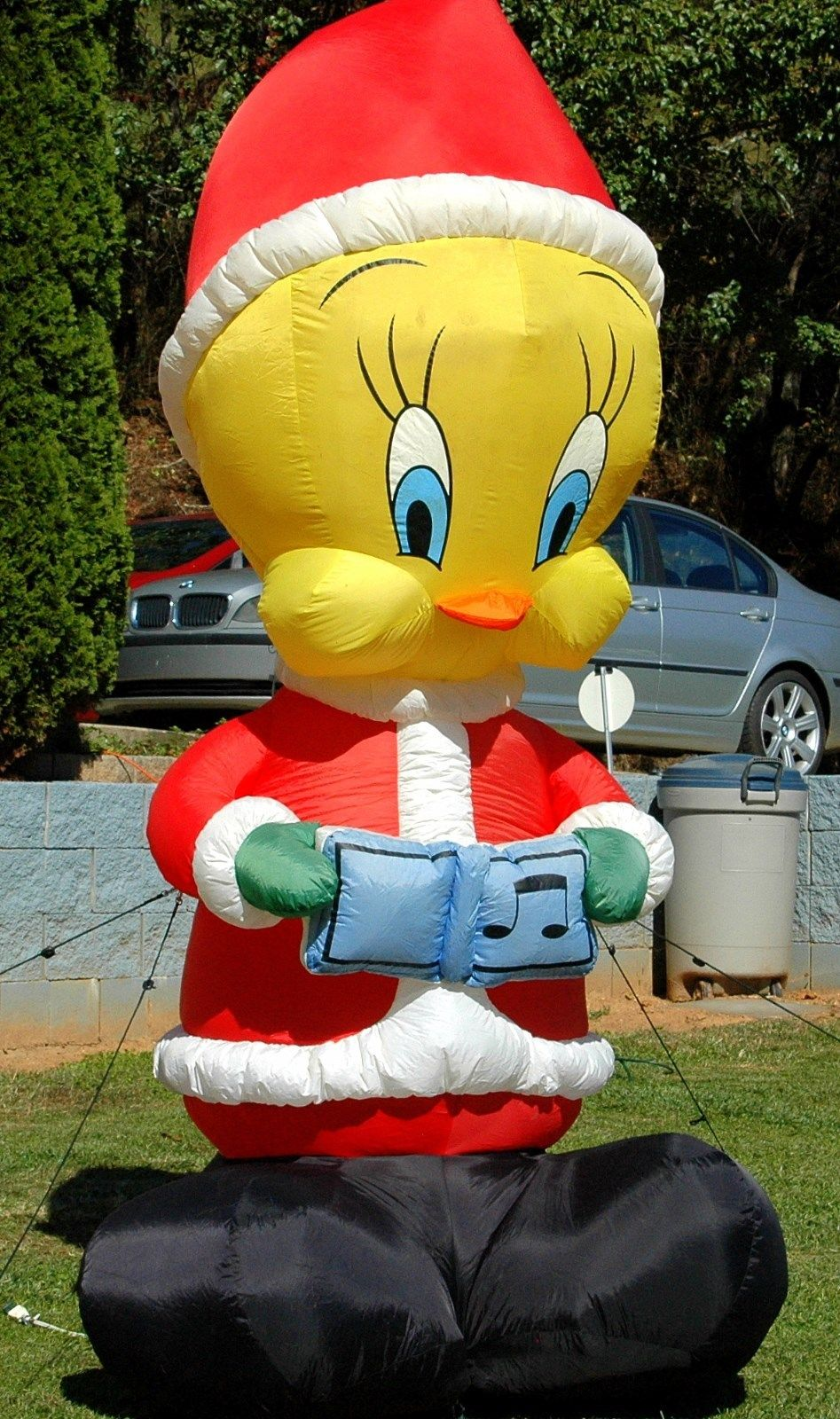gemmy 8 ft looney tunes christmas carolling tweety bird airblown inflatable jpg - Christmas Airblown Inflatables