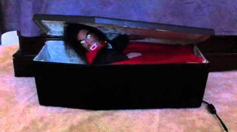 *Halloween Animated Vampire in Coffin By Gemmy*