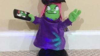 """Grooving Ghoulies Witch - """"-Selfie"""""""