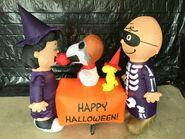 Gemmy Prototype Halloween Inflatable Lucy and Snoopy Apple
