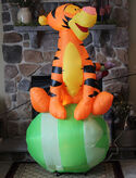 Disney Tigger Easter Egg Airblown Inflatable Gemmy 6' Blow Up with Lights