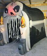 Gemmy Prototype Halloween Inflatable Skull Tunnel 3