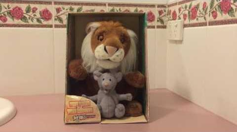 Gemmy Animated The Lion And Mouse (uncommon)