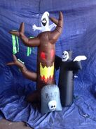 Gemmy inflatable halloween scene