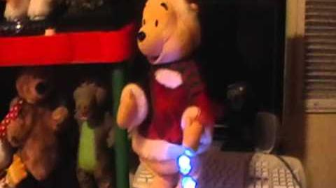 Snowflake Spinning Winnie The Pooh (Gemmy Industries 2005)