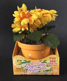 Gemmy Beach Boogie Dancing Flowers Plays ''California Sun'' Novely Gift NIP