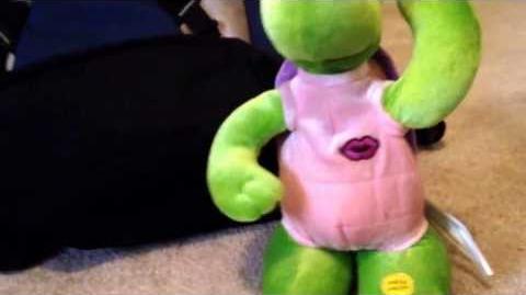 (Gemmy)-Turtle Dancers-Funkytown
