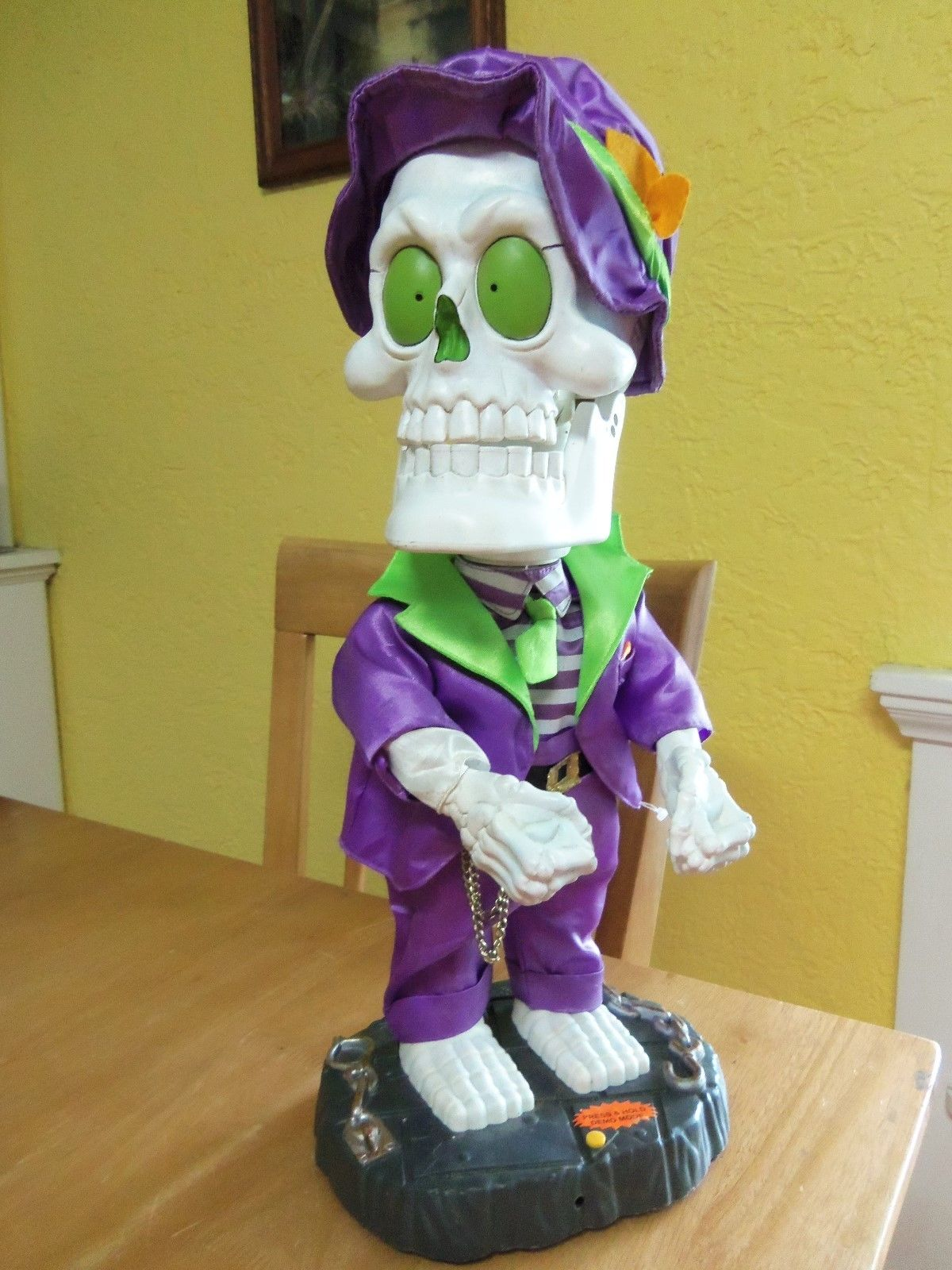 image - rare gemmy animated halloween dancing singing skeleton