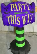 Gemmy Prototype Halloween Inflatable Party This Way Sign
