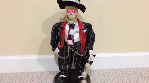Gemmy 2004 Swingin' Skelly (Zoot Suit Skeleton)
