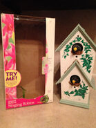 Gemmy 2000 animated singing robins in double birdhouse