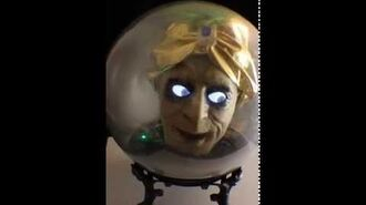 "Gemmy 18"" Animated SPIRIT BALL Fortune Teller Talking Head Halloween Prop Decor-0"
