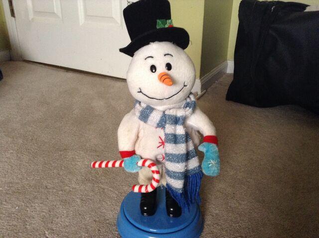 File:Gemmy animated booty shaking snowman.jpg