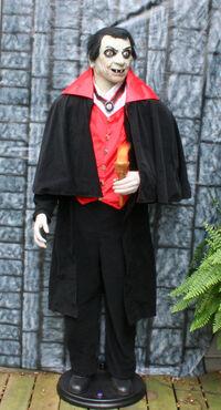 Gemmy Halloween Count Vigor Vampire
