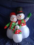 Gemmy inflatable snowman family trio
